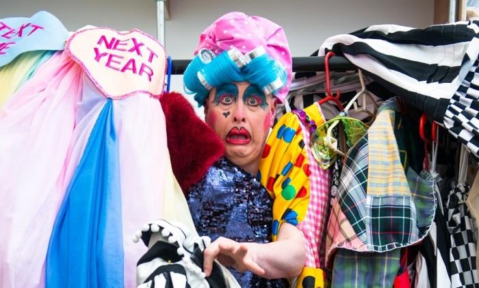 Barrie Hunter as Sassy #1 - creditTommyGa-KenWan